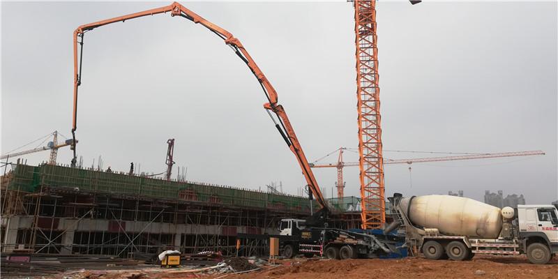 30米混凝土泵车现场案例